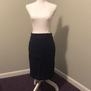 Dresses & Skirts - Navy banana republic size 4 pencil skirt